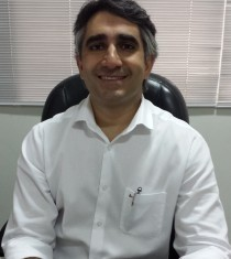 Dr. Gustavo Rassi