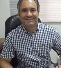 Dr. André Rassi Nader
